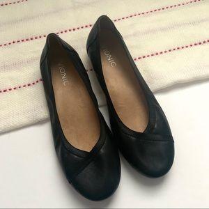 Vionic Black Caroll Ballet Flats
